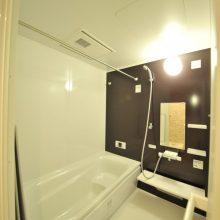 マンションでは、珍しい1坪サイズのお風呂♪ ゆったりラグジュアリーな入浴タイムを満喫できそう♪