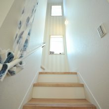 採光たっぷりの明るい階段は、開放感があってお気に入り♪