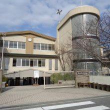土生中学校