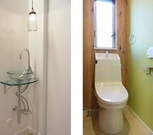 玄関ホールに手洗いを設置。 ガラス素材で仕上げてもらいました。